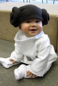 El mejor disfraz para niñas de la princesa Leia de Star Wars.
